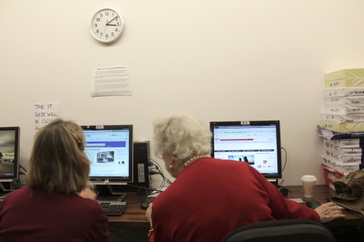 Observing how older people new to web technology interact with a computer.
